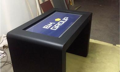 Поставка интерактивных столов. Заказчик – ООО РК «Виктори»